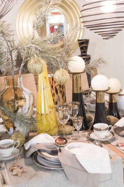 Aranżacja porcelany White Lady ze świątecznymi dodatkami to klasyka w najlepszym wydaniu. Nowoczesny i elegancki sposób nakrycia stołu. #mojpieknystol