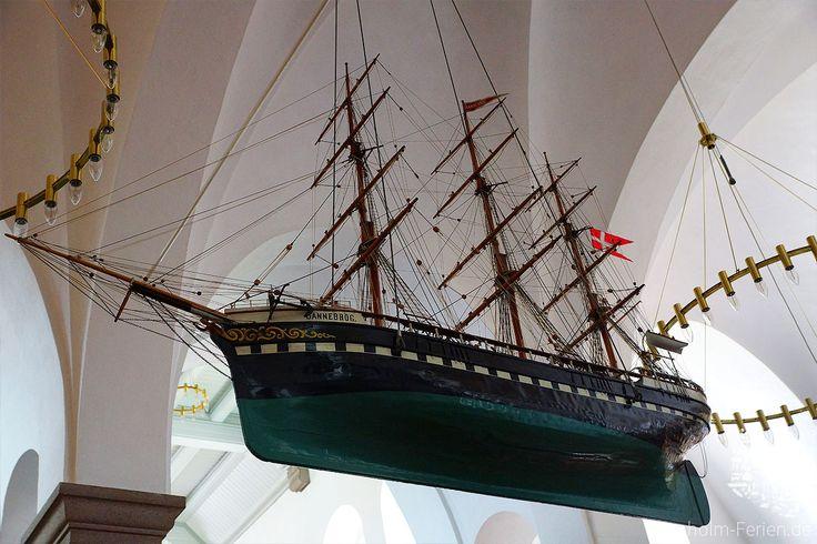 Votivschiff der Nikolaikirche in Rønne #nikolaikirche #roenne #ronne #bornholm #votivschiff