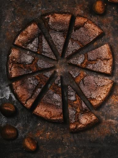 Gâteau à la crème de marrons rapide : oeuf, sucre, rhum, farine, levure, beurre, crème de marrons