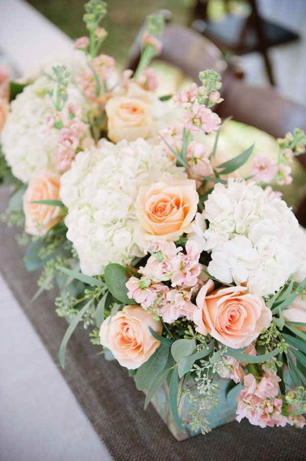 Peach florals - Photography kaitiebryant.com, Floral Design theflowerpost.com