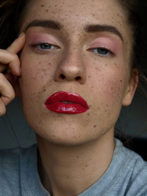 http://red-mylips.blogspot.com/2017/06/blog-post.html