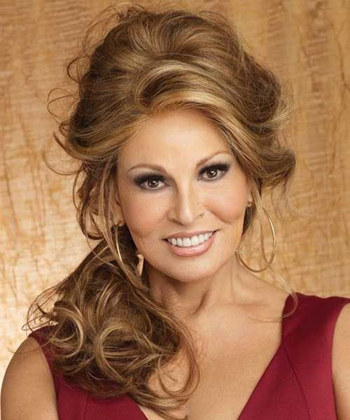 Elegant Hairstyles for Women Over 40
