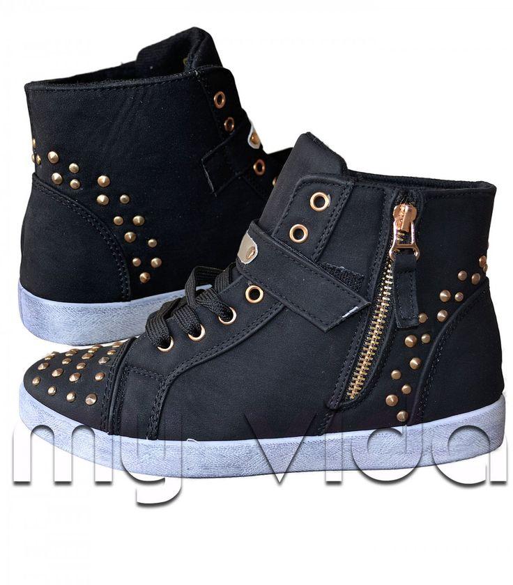 Sneakers con borchie zip laterale e laccio | My Vida