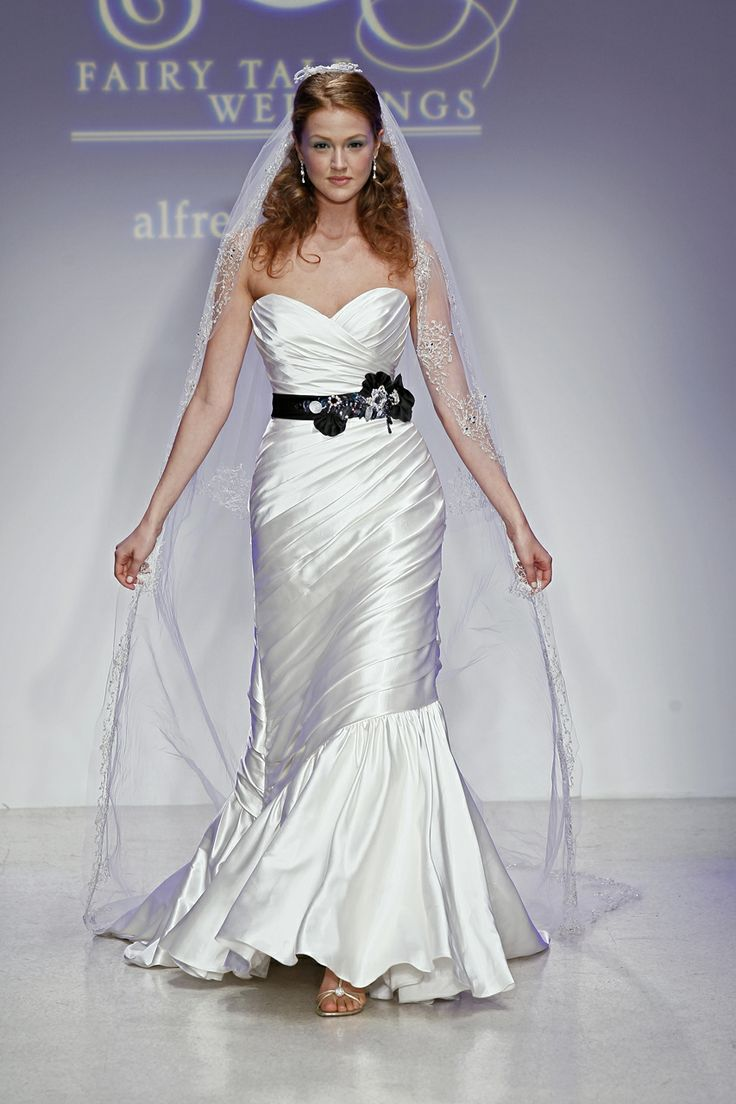 53 best Snow White Inspired Wedding ❤ images on Pinterest | Short ...