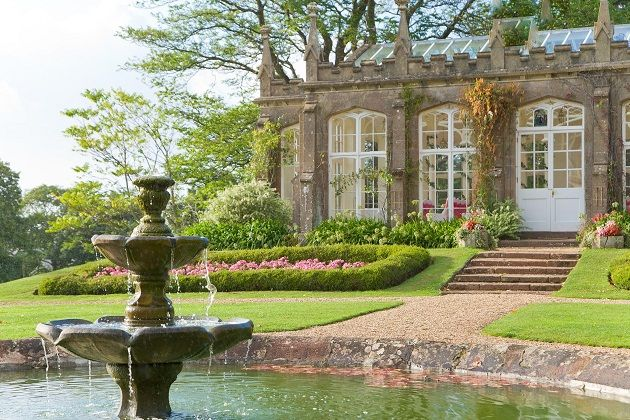 Perfect themes for an Orangery Wedding at St Audries Park, Somerset