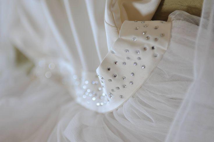 particolare abito sposa strass cintura by Manù Fatto a Mano