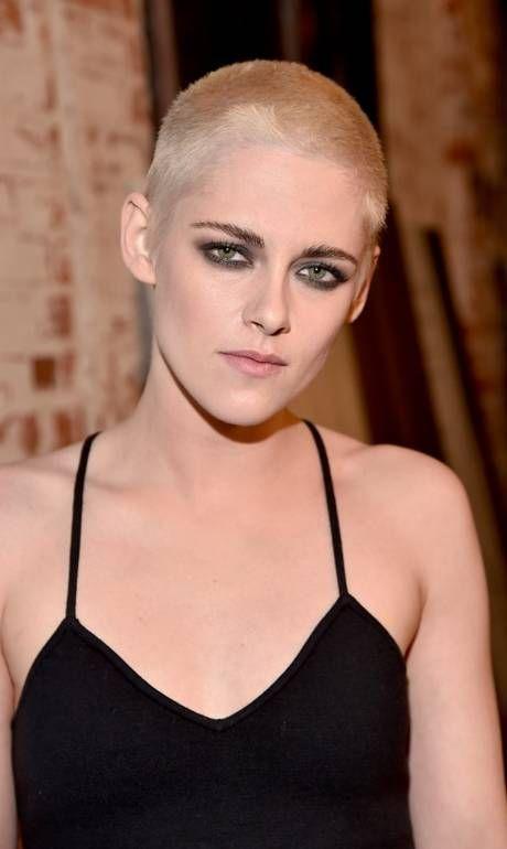 Kristen Stewart surge de cabelo raspado em estreia de filme - Jornal O Globo