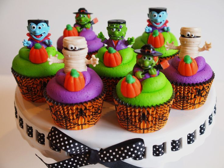 13 best Halloween Cupcake ideas images on Pinterest Halloween - decorating ideas for halloween cupcakes