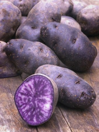 Purple Power: 6 Popular Produce Picks // From purple asparagus to purple cauliflower check out the top 6 picks.