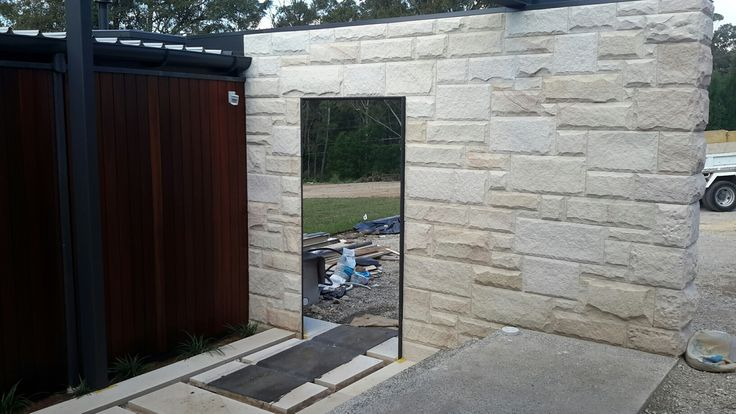 Dural NSW|new home by CBD|stone walls by Stone Hance & Co, Newport