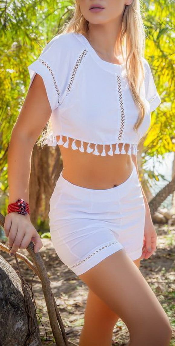 High Waisted Shorts and Crop Top - Boho Dreams OOTD