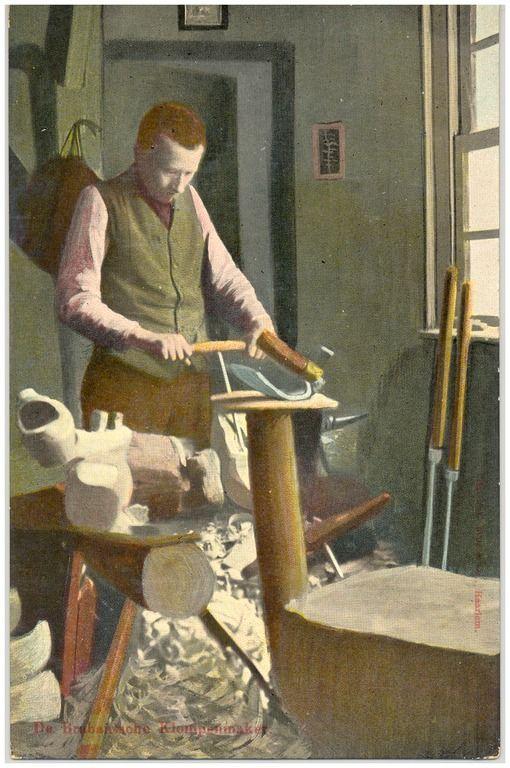Het maken van klompen door Antoon Cortenbach Nuss, Josephus Maria Hubertus (uitgever) - 1906