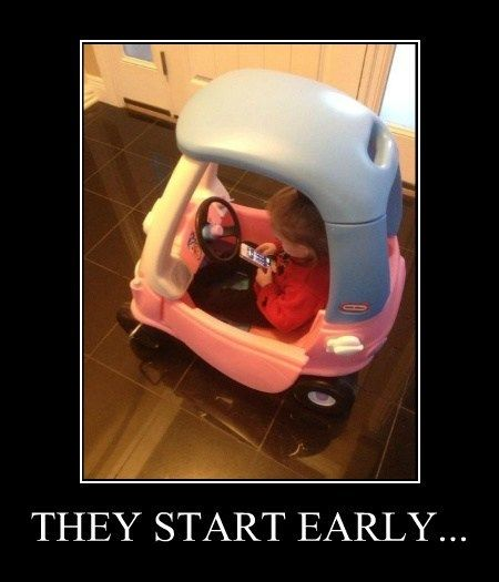 Funny Memes For Texting : Texting while driving meme slapcaption distracted