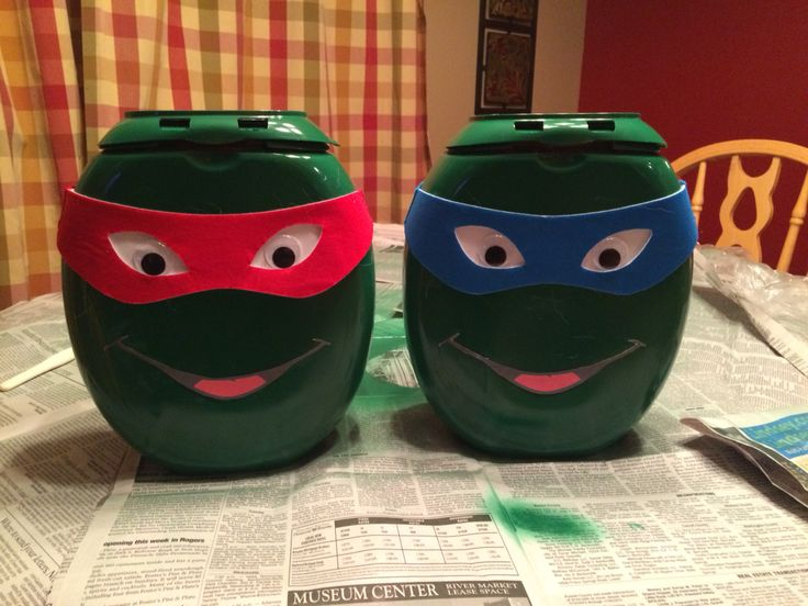 Tide Pod Containers turned into Ninja Turtle Valentine's Day Boxes.