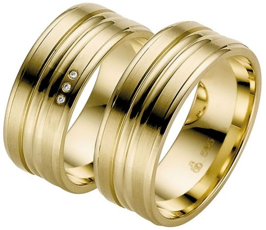 17 Best 1000 images about Yellow Gold Wedding Rings on Pinterest