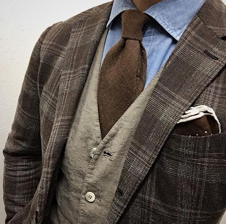 Nice combination. Brown & blue. #Elegance #Fashion #Menfashion #Menstyle #Luxury #Dapper #Class #Sartorial #Style #Lookcool #Trendy #Bespoke #Dandy #Classy #Awesome #Amazing #Tailoring #Stylishmen #Gentlemanstyle #Gent #Outfit #TimelessElegance #Charming #Apparel #Clothing #Elegant #Instafashion