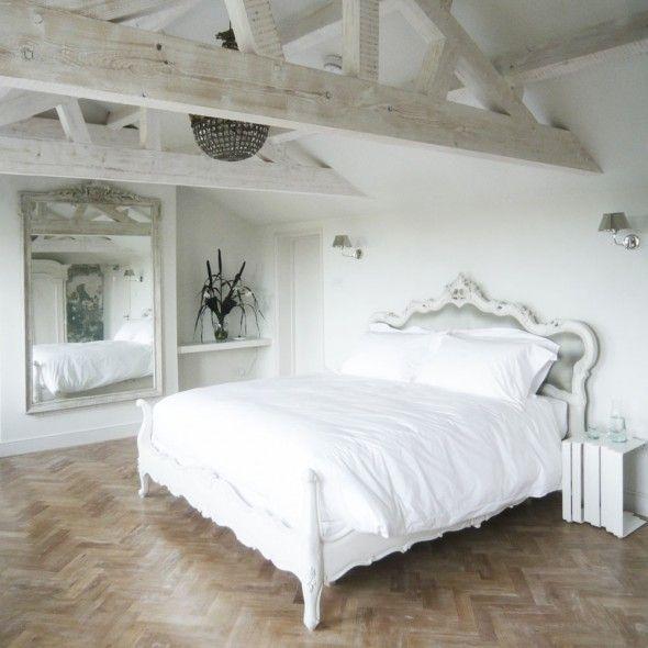 Light Wood Look Flooring | Herringbone Pattern | The Reading Rooms Bed & Breakfast