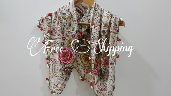 Free shipping Handmade scarf by LAMEDORE on Etsy