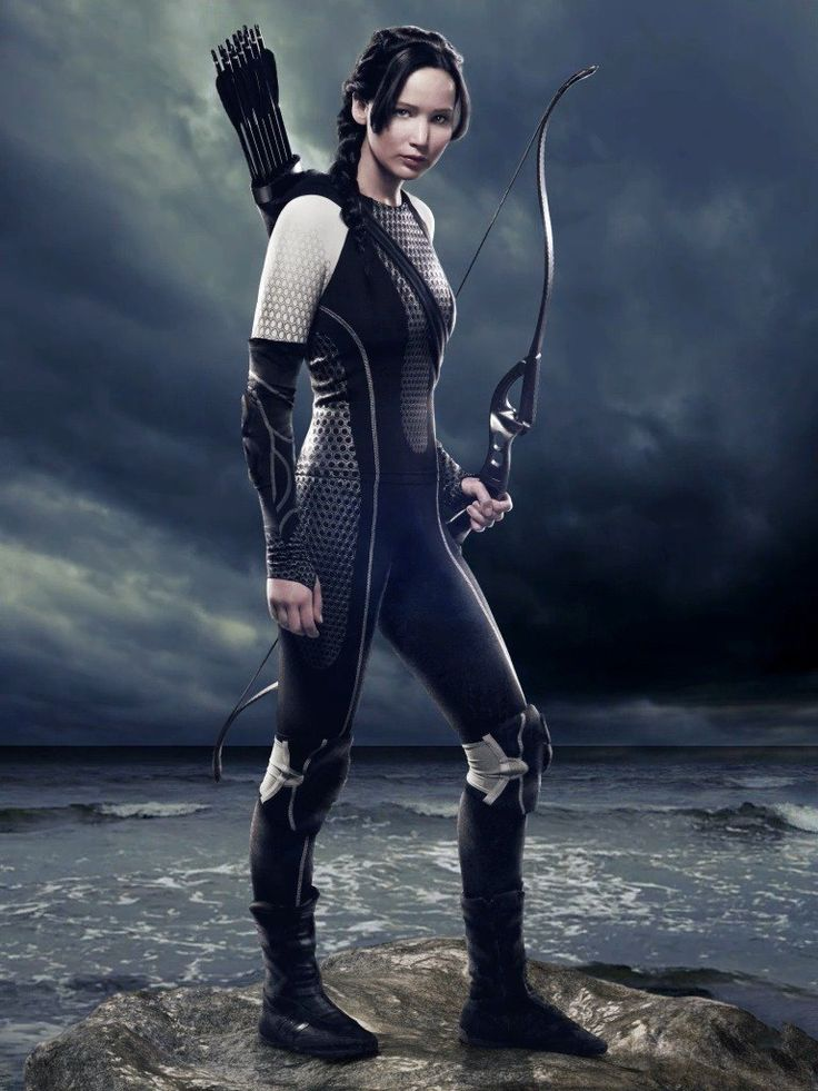 How old is Katniss Everdeen from The Hunger Games? - Answers