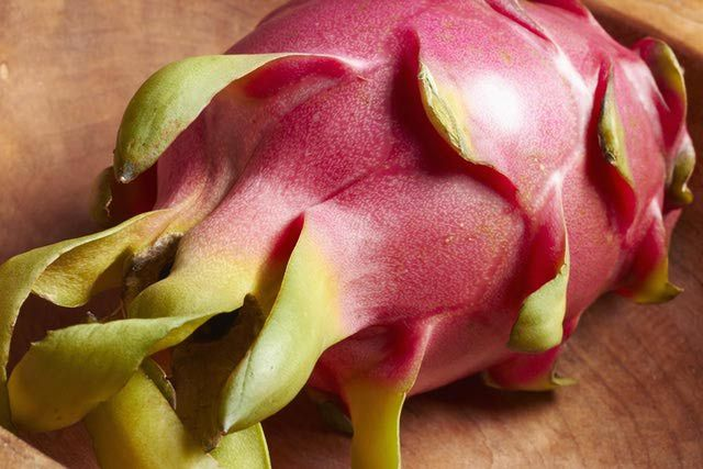 How to Eat Dragon Fruit!