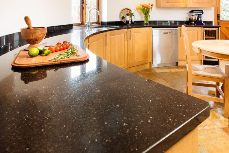 Tips For Choosing The Best Kitchen Worktops