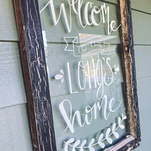 It's hard to take a good picture of a glass sign but I'm super happy with how my first hand-lettered 'window' turned out! It was soooo fun and sort of therapeutic to write on glass. The pen glides so smoothly. Only issue is finding a white paint pen that is opaque enough. Anyone have any suggestions for their favorite white paint pen!?? . . . #glasssign #welcomesign #welcome #paintonglass #paintpen #sharpiepaintpen #elmerspainters #homesweethome #diyhomedecor #homedecor #signs…