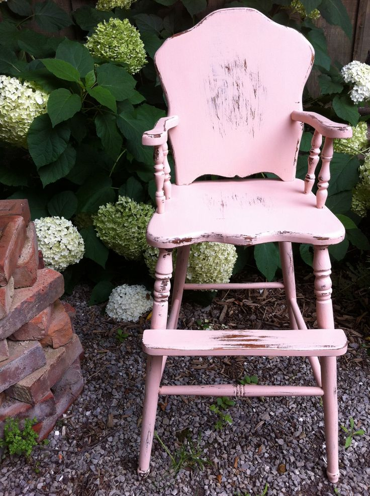 """In two simple hours we turned this old high-chair into something magical! It's so chic now! We painted with our #bluestonehouse #chalkypatina """"Emma"""" colour. We finished the chair with our all-natural and local, beeswax to give it a shine on top of the distressed look! #bluestonehouse #chalkypatina #DIY #happypainting #paintthetownbluestone"""