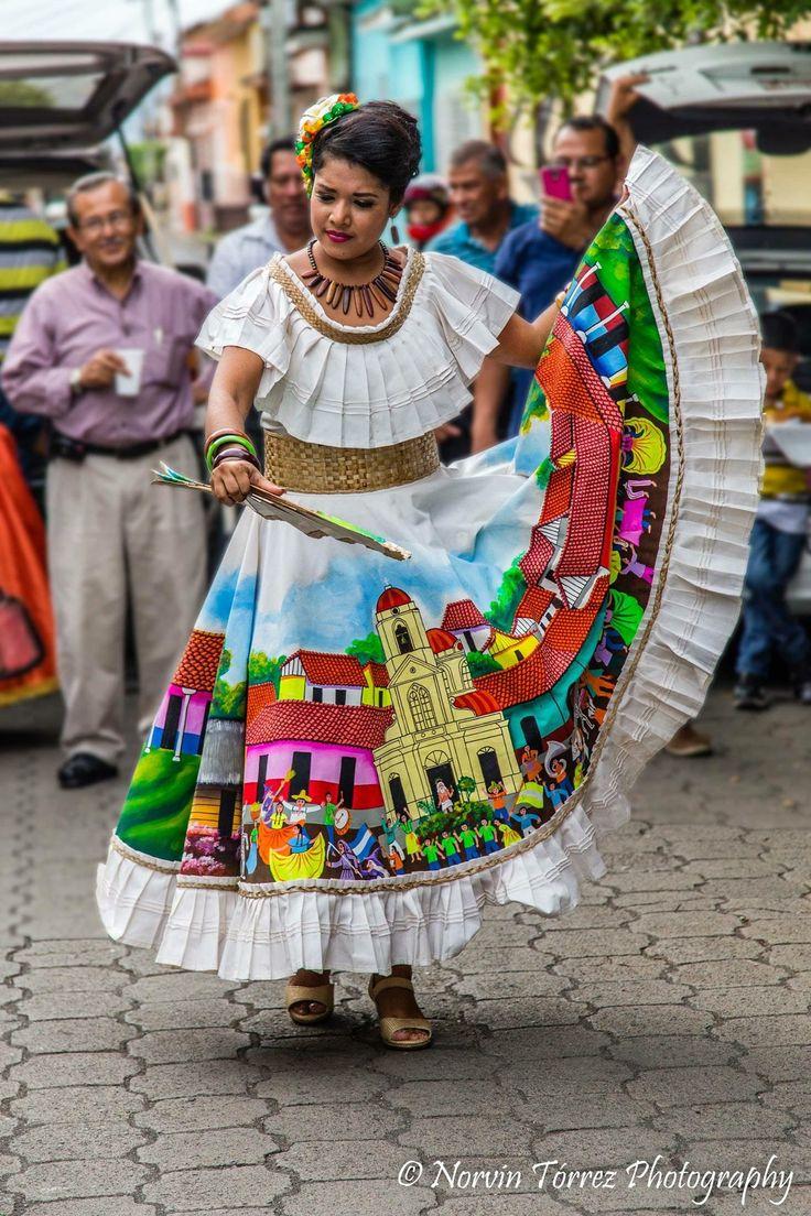 Baile Folkl 243 Rico En Las Calles De Masaya En 2019 Trajes