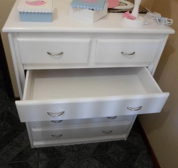 M s de 25 ideas incre bles sobre pintando muebles for Pintar muebles laminados