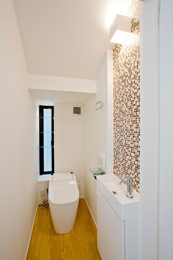 コンパクトな水洗+収納、良い。バルコニーの屋根が特徴的な家・間取り(愛知県一宮市) |ローコスト・低価格住宅 | 注文住宅なら建築設計事務所 フリーダムアーキテクツデザイン