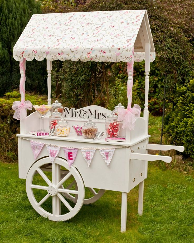 Love Heart Cart is a Lincoln based traditional sweet cart available to hire for weddings, birthdays, christenings and events. This stunning feature will be certain to wow your guests. It can be colour coordinated and customised to match your theme, vintage, candy stripes, elegant ivory or bespoke, the list is endless. Please check out my website www.loveheartcart.com