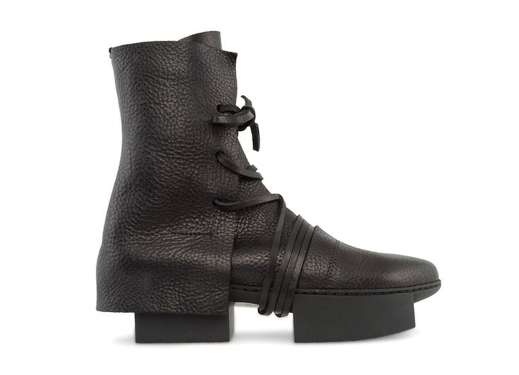 """Name: Layers (Men's Box) • Designer: Trippen • Description: """"The soles' formal inspiration is derived from a deconstruction of the platform, while their height was inspired by contemporary basketball high tops."""" — """"Layers"""", Trippen Schuhe (Retrieved: 30 April, 2013)"""