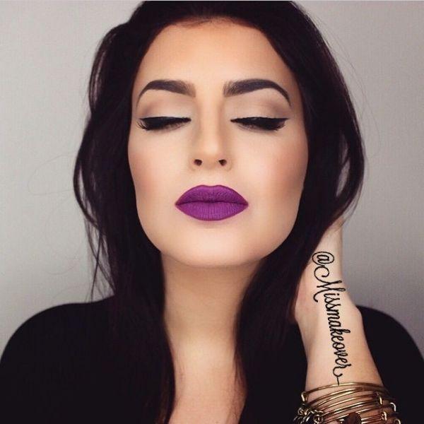 60. Für sinnlich Dreinschauende sind lila Lippen ohnehin. #SmileHype