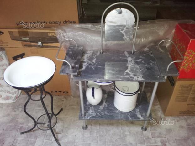 set-toilette-ferro-battuto-e-marmo-antico