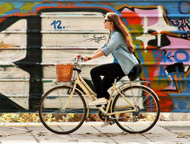 BORDEAUX CYCLE CHIC: Thessaloniki Cycle Chic