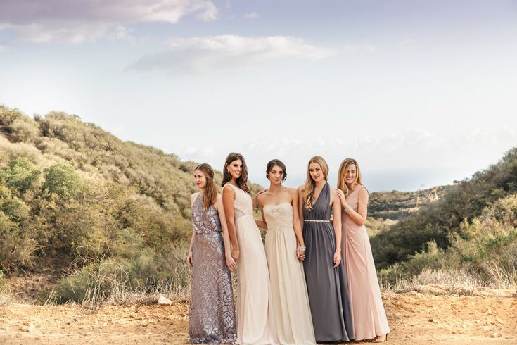 Keep your maids happy with Vow to Be Chic rental designer maids dresses!  http://www.sandiegowedding.com/blog/keep-your-maids-happy-with-vow-to-be-chic-rental-maids-dresses-2016/1/21