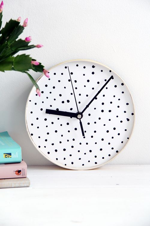 Diy Spotty Wall Clock
