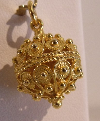 18K Yellow Gold 3D Very Ornate Bauble Charm Pendant 6 9gr | eBay