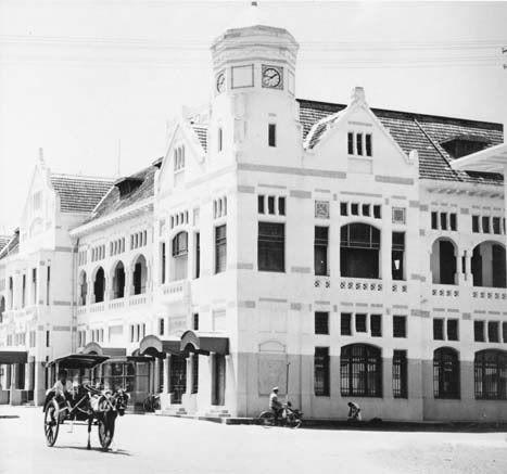NILLMIJ building in Jakarta, Architect PA.J Moojen and S Snuyft, 1909