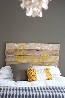 love in mustardHeadboards But, Headboards Ideas, Pallet Headboards, Diy Headboards, Rustic Headboards, Wood Headboards