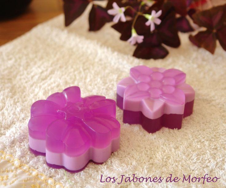 Flores de glicerina con aroma ultramorado, ideales para regalos de boda