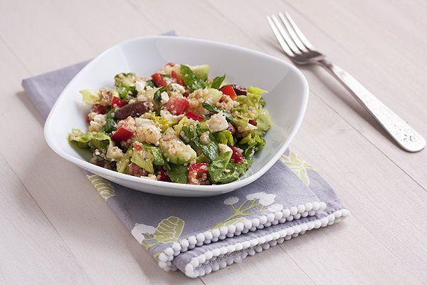 Mediterranean Salad with QuinoaQuinoasalad, Lettuce Salad, Red Wine, Salad Wquinoa, Mediterranean Salad, Mediterranean Quinoa Salad, Food, The Heat, Yummy Stuff