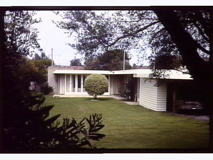 House 8 Lynette Avenue. Beaumaris. Vic. David Godsell. 1958 [picture] , State Library of Victoria