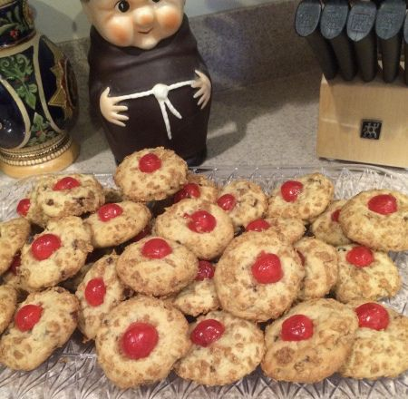 This is one of my favorite Christmas Cookies. It is an old fashioned cookie that won the Junior Division of the Pillsbury Bake-Off Contest in 1950. The recipe is taken from Betty Crocker's …