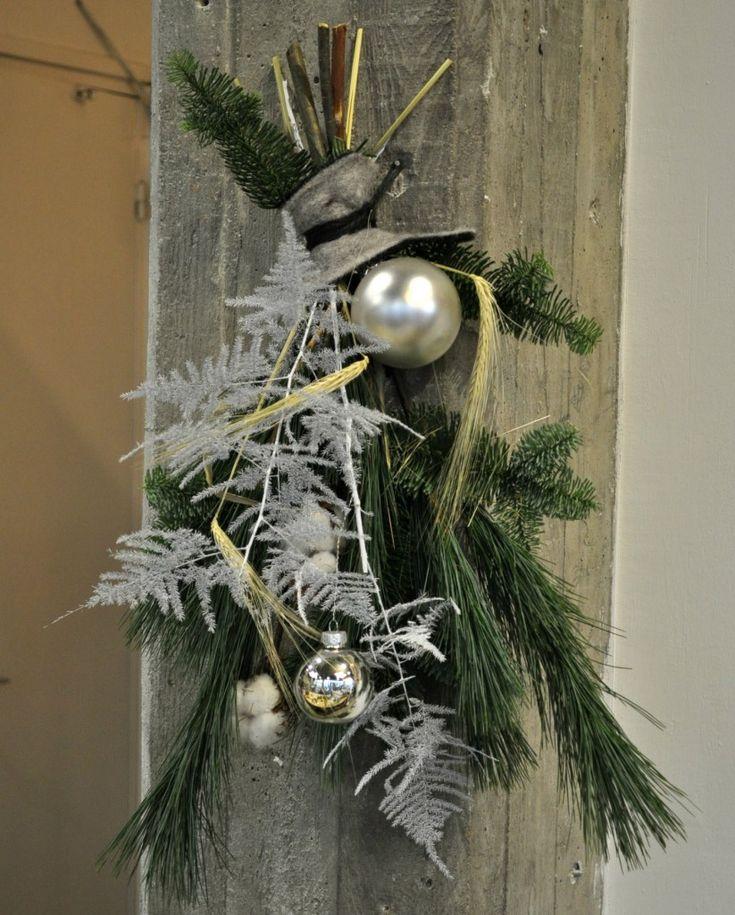 Supersnel kerststukje maken voor aan de muur