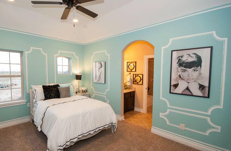 Girl 39 s room breakfast at tiffany 39 s themed bedroom - Mens bedroom ideas for apartment ...