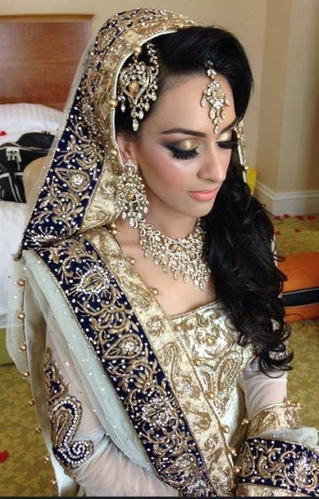 Pakistani fashion. #Pakistani Just wow
