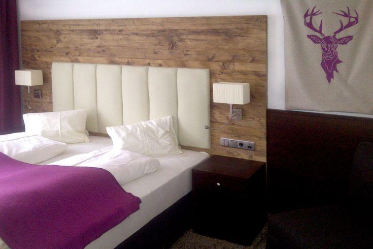 Oltre 1000 idee su legno massiccio su pinterest poltrone reclinabili com e mobili amish - Camera da letto rustica moderna ...