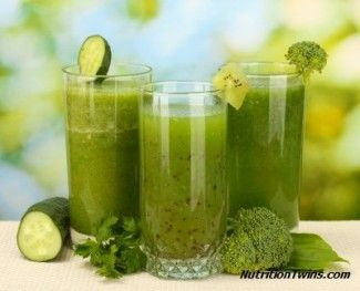 Green Smoothie | Less than 100 Calories | Flushes Bloat from Salt & Constipation | Hydrates, Antioxidant, Fiber packed | For MORE RECIPES please SIGN UP for our FREE NEWSLETTER www.NutritionTwins.com