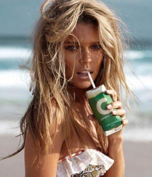 Total beach babe